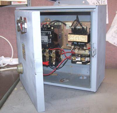 Square D Size 1 Motor Starter With Enclosure Nema 12 3r